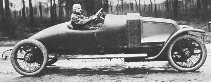 Pierwsze wyścigi samochodowe 76