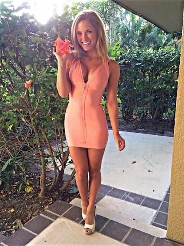 Obcisłe sukienki #18 18