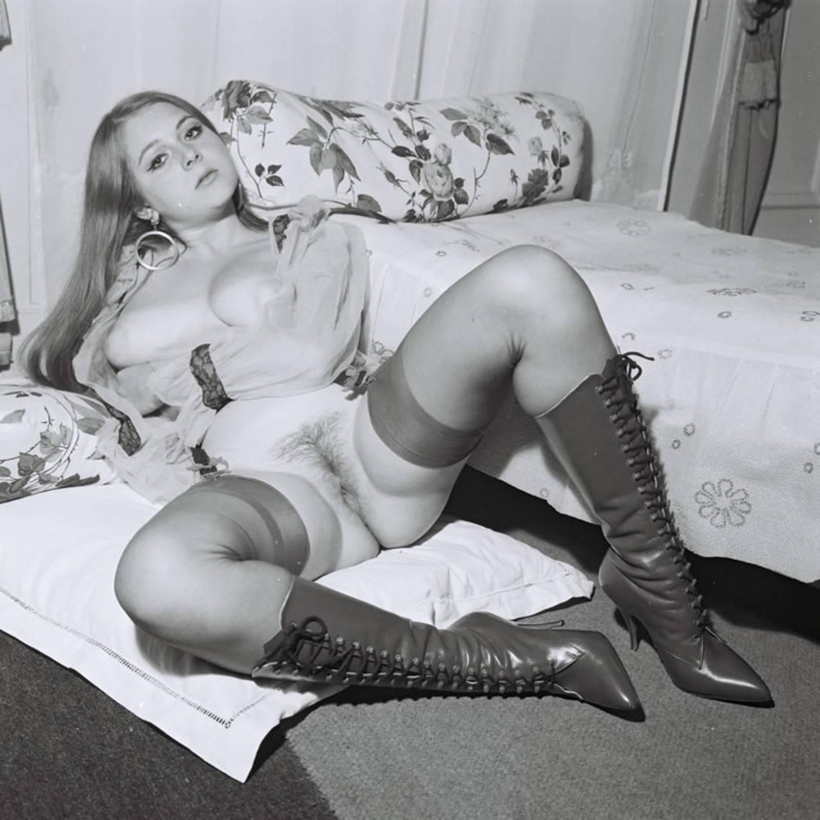 Ретро порно фото в трусиках 25 фотография