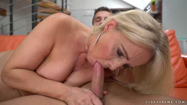 LustyGrandmas 17 10 26 Jane Nelle Give Me The Heavenly Dick XXX