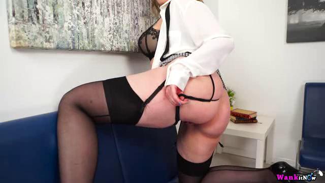 WankItNow 18 12 30 Sophia Delane I Can Feel Your Cock Twitching XXX