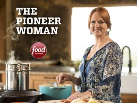 The Pioneer Woman S21E06 Chocolate Appreciation Day WEB x264-CAFFEiNE