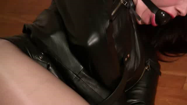 Straitjacketed 2013 10 25 Angelique Kithos In A Leather Straitjacket XXX