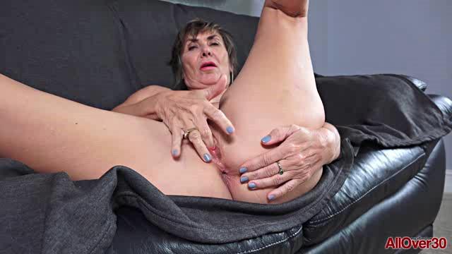 AllOver30 20 07 31 Lillian Tesh Mature Pleasure XXX