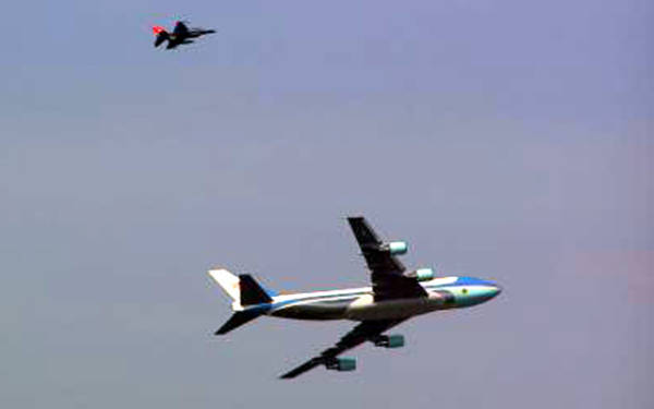 69280704a8028029215c8f8b03a3d65b987fb02 PESAWAT PRESIDEN AMERIKA ( Air Force One )